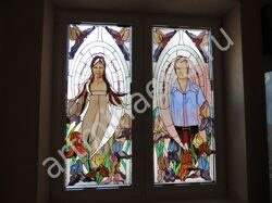 Stained_glass_in_the_interior